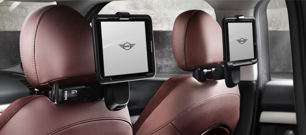 MINI Travel & Comfort System.