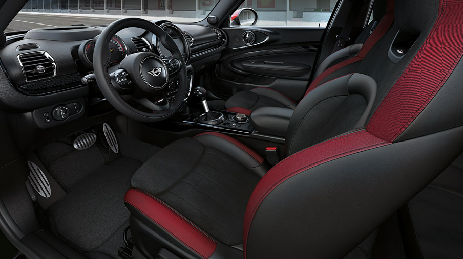 Sièges Advanced pour conducteur et passager avant en dinamica carbon black du MINI John Cooper Works Clubman ALL4